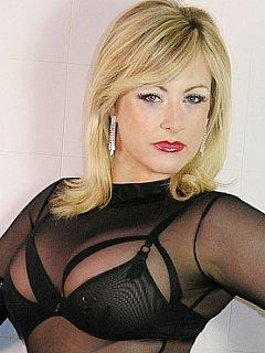 Nina Birch