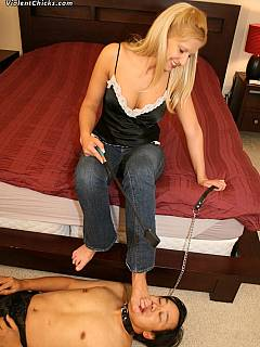 Blond only have to pull the leash when she wants her boots or soles to be licked by male slave