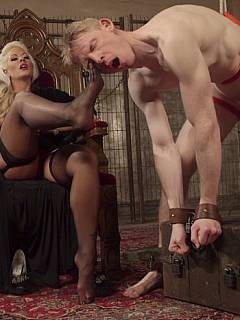 Dominant Goddess has sexy feet to worship and big strapon to degrade men with