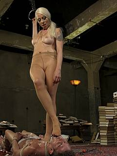 Hot blonde developed a plan on abducting a man she likes and dragging him into her dungeon where he should be bound, punished and ass-fucked