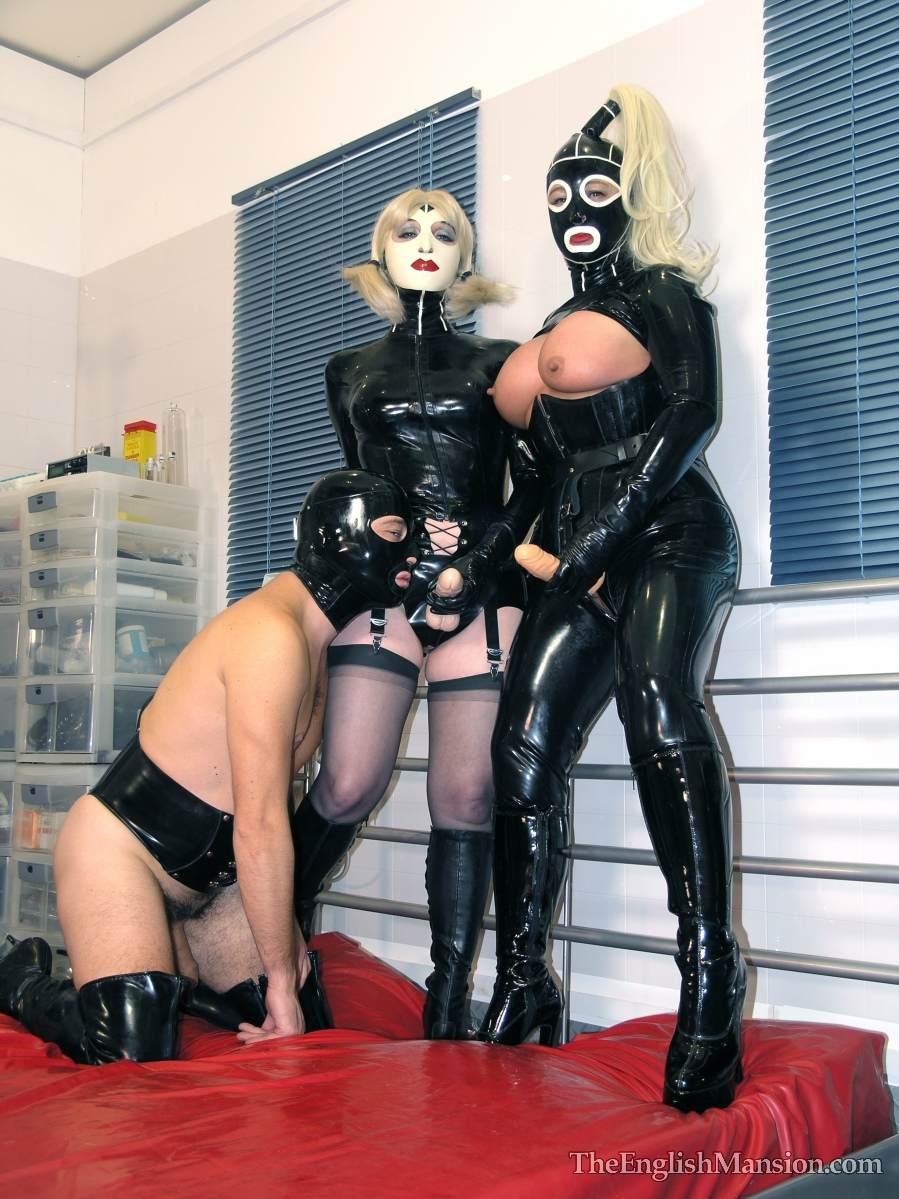 Bdsm slave flogging