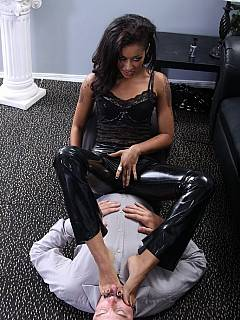 Ebony whore comes to the office for sissy manager to suck her cunt and lick her ass