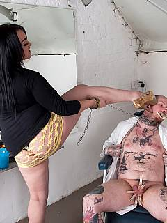 Femdom plumper takes over a dentist kicking his balls and tormenting penis with lots of clothespegs