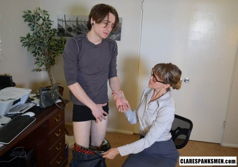 Picture #5 of Office dude is getting spanked OTk by the strict lady boss for browsing internet at working place