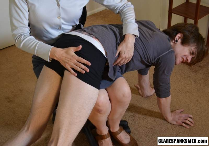 Picture #7 of Office dude is getting spanked OTk by the strict lady boss for browsing internet at working place