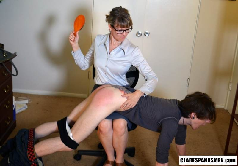 Picture #14 of Office dude is getting spanked OTk by the strict lady boss for browsing internet at working place