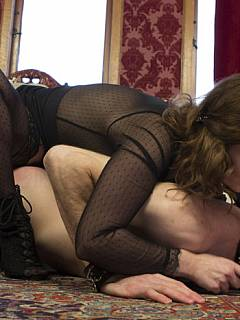 Dude takes full range of punishments from the juicy MILF who love whipping and smothering men