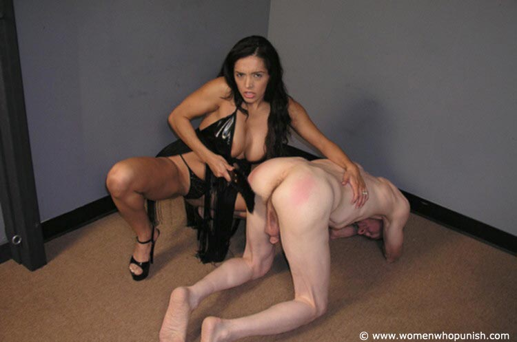Picture #8 of Latin Goddess is warming up femdom slave with ass spanking while pulling his hair