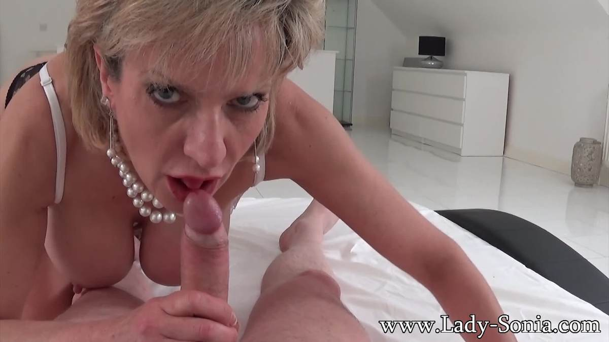 Picture #9 of Experienced MILF whore is going to use her erotic charms to make you hard, tease your penis but deny every possible orgasm