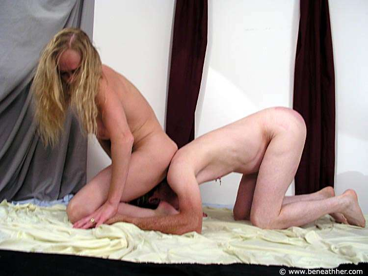 Picture #3 of Dude loves to wrestle with naked blond and to end up underneath her ass