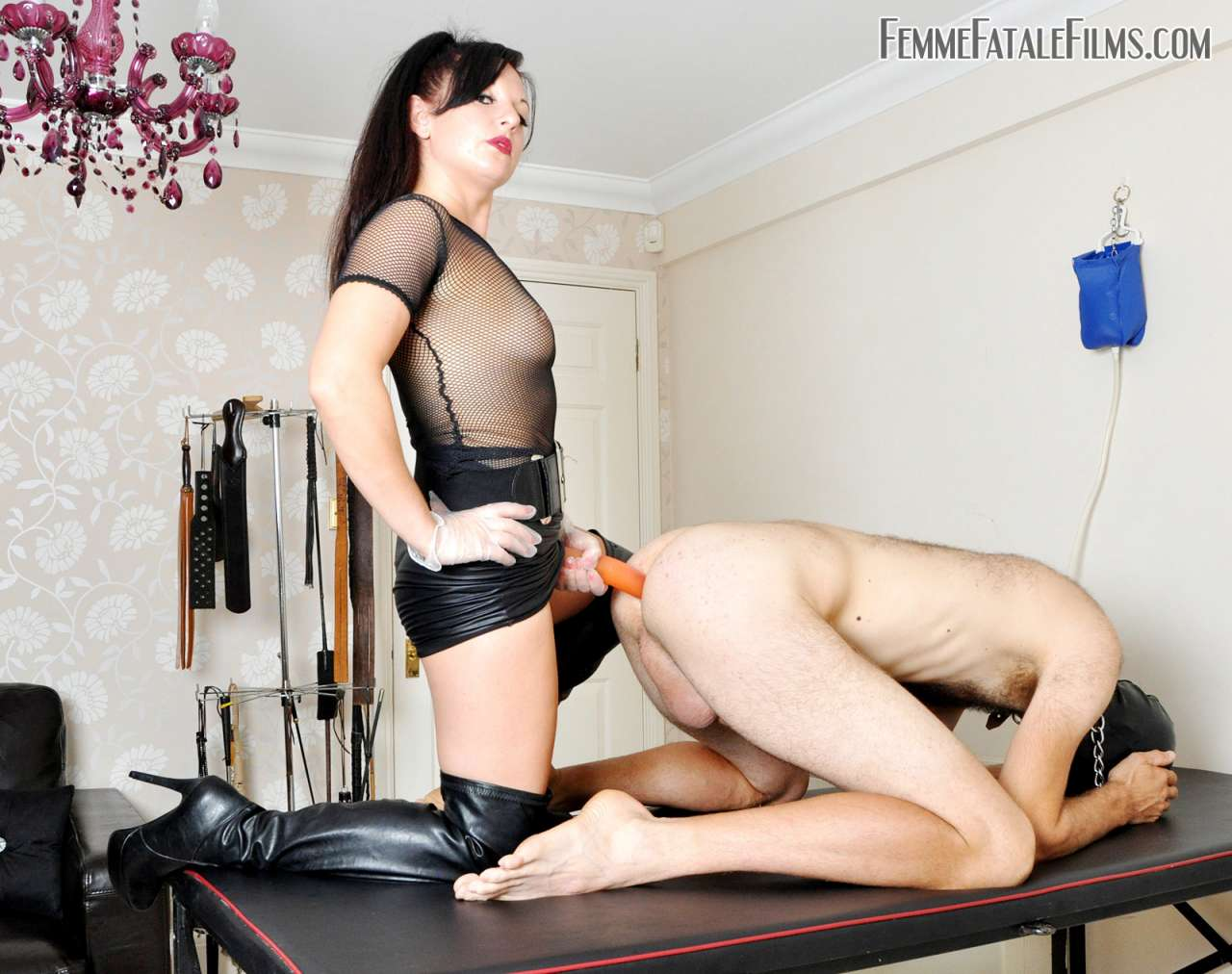 Picture #7 of Deep anal penetration is the reward collared slave having for polishing leather knee-boots