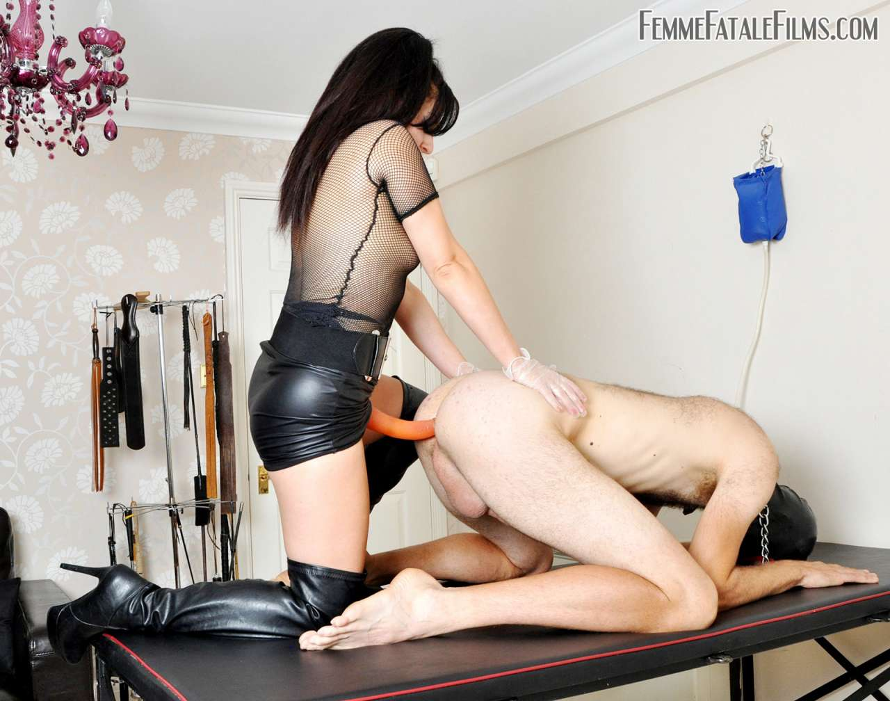 Picture #8 of Deep anal penetration is the reward collared slave having for polishing leather knee-boots