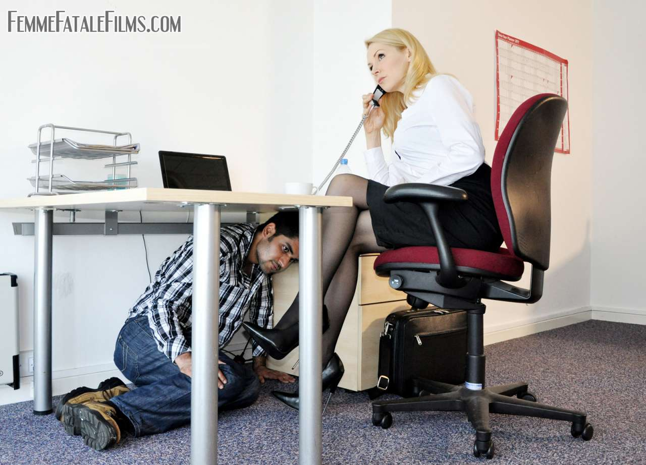 Picture #1 of Computer guy is punished for looking sexy boss under the skirt: he is trampled, smothered and crushed in between sexy legs