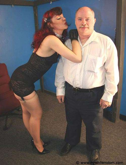 Picture #5 of Sexy redhead loves to feel a man underneath her ass: trembling and in anticipation of punishments