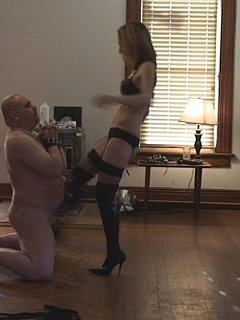 Pain goes beyond the limit when petite blond is doing her kicks straight into the exposed balls