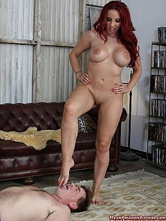 Femdom slave has a selection of smelly pussy and tasty bare feet to enjoy in this licking worship session