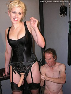 Making man to feel like a cheap cock whore is what most of the dominant girls are doing with their strap-on toys